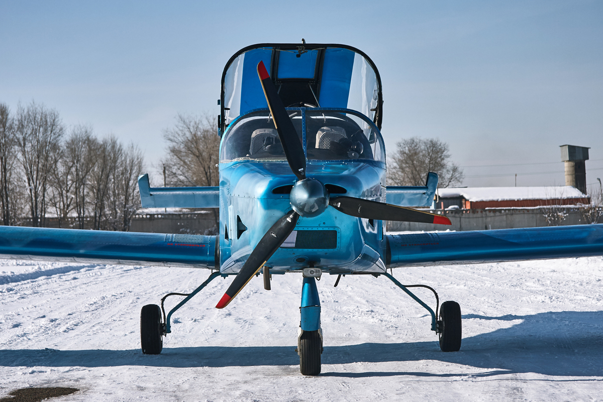 Aerostar R40F, UP-LA147