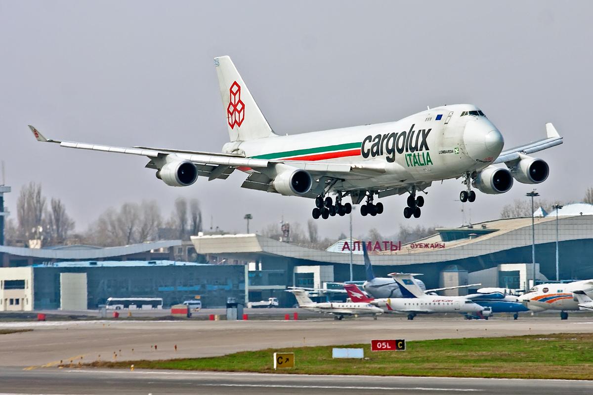 Boeing 747, LX-KCV