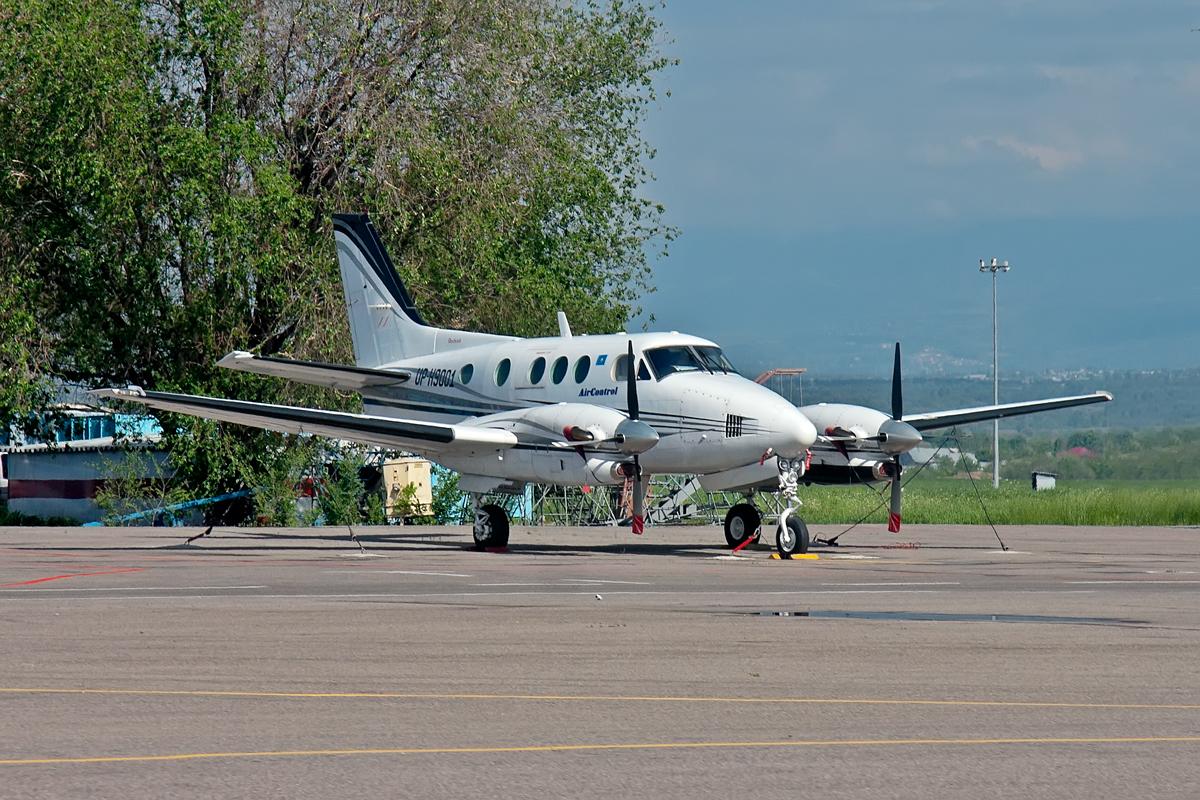 Beechcraft King Air, UP-K9001