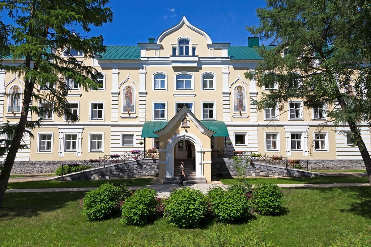 Серафимо-Дивеевский монастырь