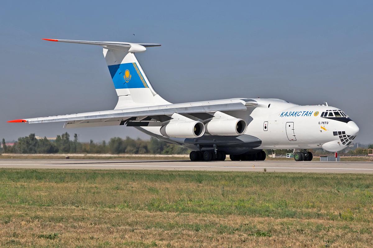 Ilyushin Il-76, Ил-76, UP-I7605