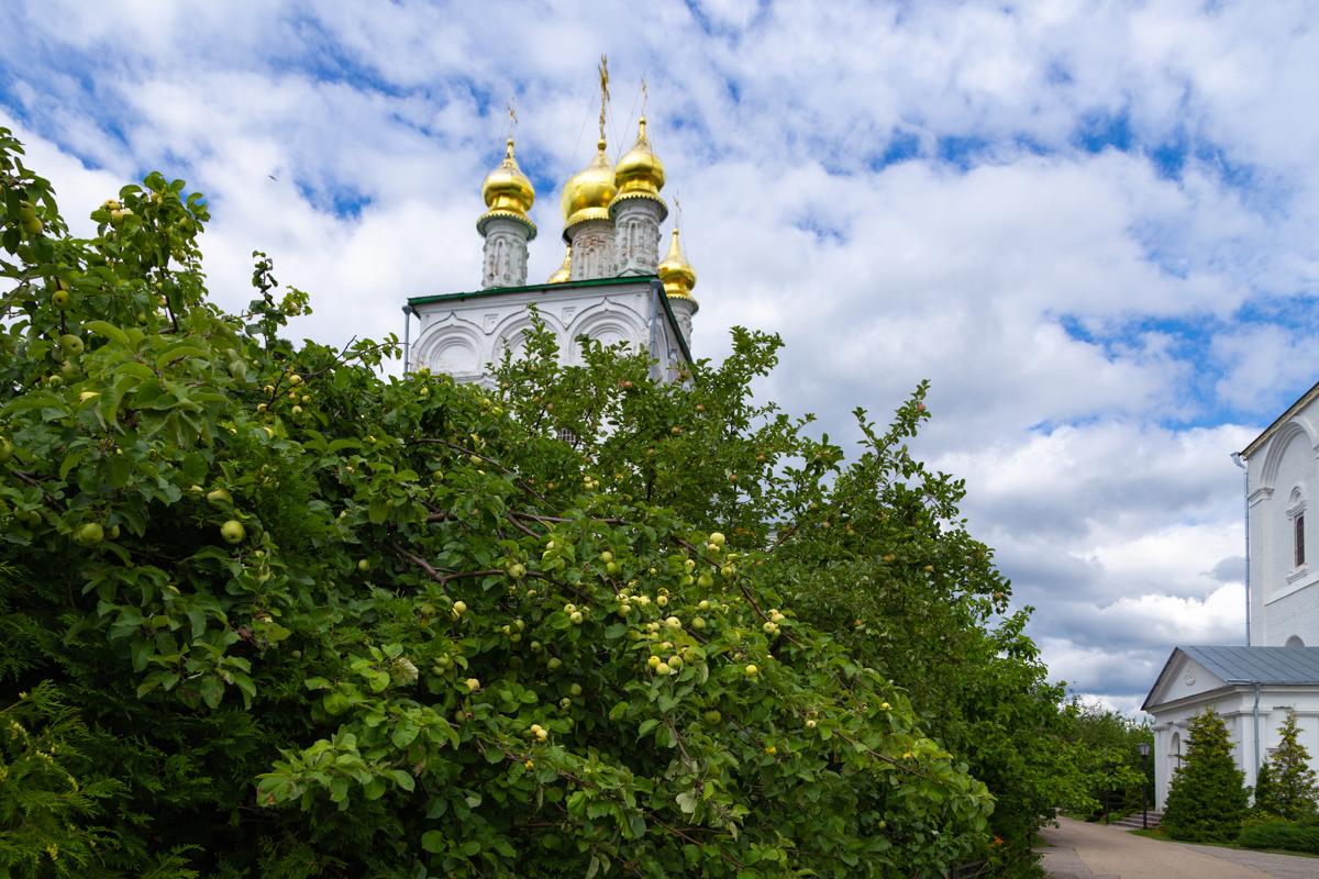 Желтоводский Макариев монастырь