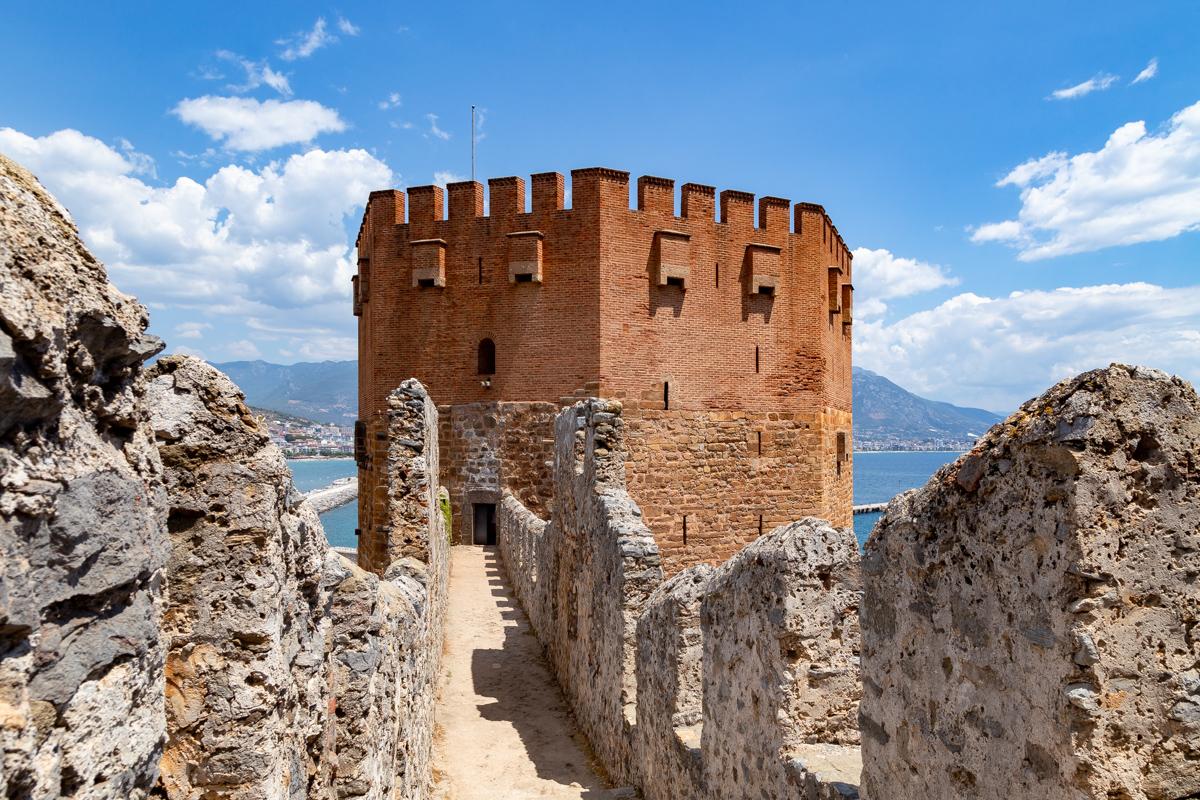 Аланья, Башня Кызыл Куле